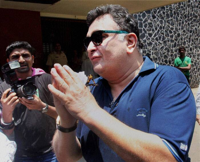 Bollywood actor Rishi Kapoor, after casting his vote in Mumbai on Thursday. (PTI)