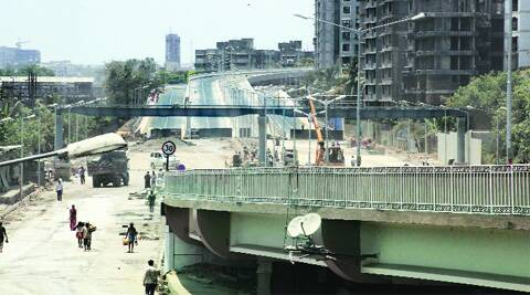The Link Road will significantly cut travel time between Santacruz and Chembur. (Photo: Pradeep Kochrekar)
