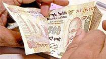 At the Forex market, Indian rupee commenced at 61.06 but declined to a low of 61.15.