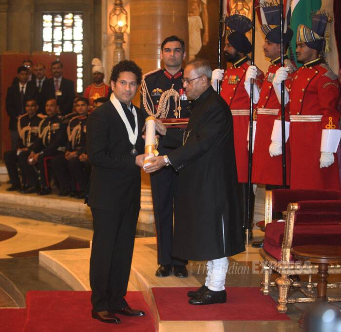 Sachin Tendulkar receives his Bharat Ratna from President of India Pranab Mukherjee. (IE Photo: Neeraj Priyadarshi)