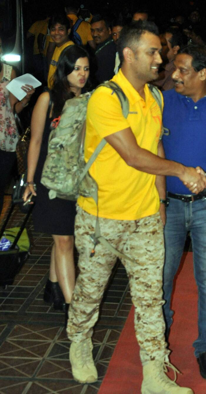 Sakshi Dhoni, who has been stealing limelight from her husband and CSK skipper MS Dhoni, was seen arriving with her better half at City hotel in Bhubaneswar recently. Sakshi was stylish in LBD. <br />,br> CSK played against Kings XI Punjab at Barabati stadium in Cuttack on Wednesday (May 7). (PTI)