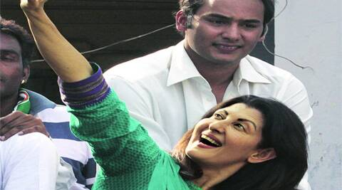 Sangeeta Bijlani greets a voter in Tonk-Sawai Madhopur, where her husband Azharuddin is the Congress candidate.Anil Sharma