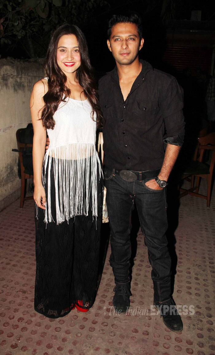Vatsal poses with his onscreen lady love Sanjeeda Sheikh. (Photo: Varinder Chawla)