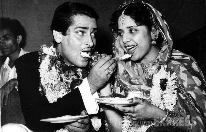<b>Shammi Kapoor - Geeta Bali</b>: The duo is said to have met during the shooting of the film 'Rangeen Raaten' in 1955. The actor was afraid that his parents would never accept Geeta Bali as she was a year older to him. Shammi Kapoor and Geeta married secretly at Mumbai's Banganga temple at midnight in 1955.(Express Archive Photo)