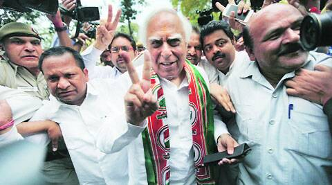 BJP's negative  campaigning eclipsing work done by Cong, says Sibal. (Archive)