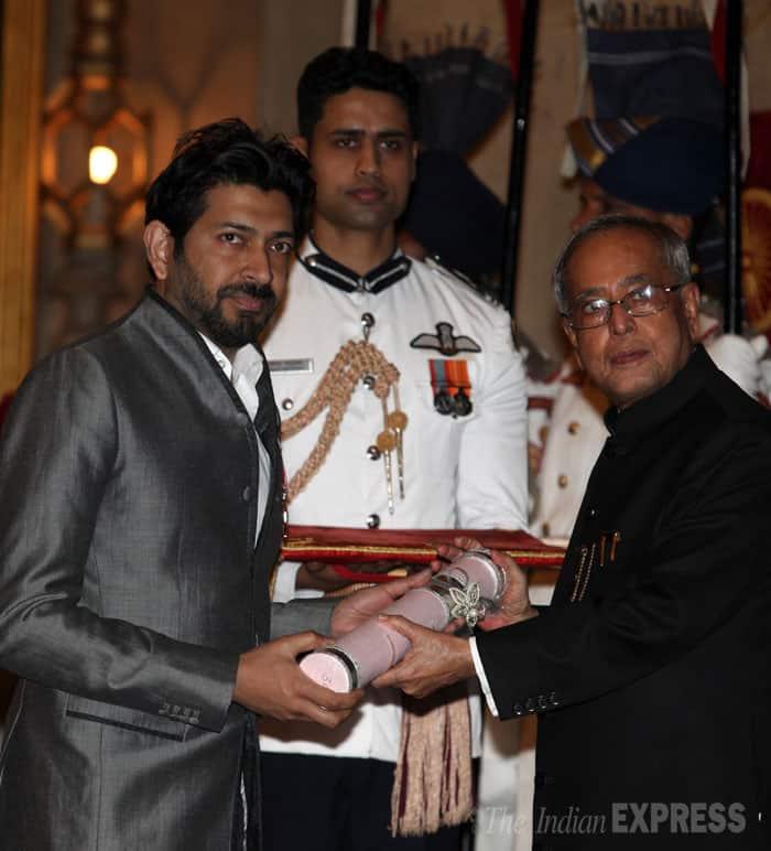 Dr. Siddhartha Mukherjee receives his Padma Shri Award from President Pranab Mukherjee at the Rashtrapati Bhawan on Saturday. (IE Photo: Renuka Puri)