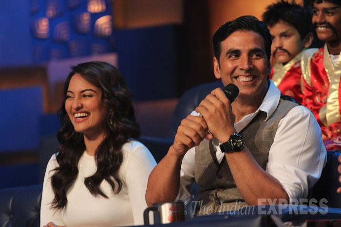 The Bollywood Khiladi has his co-star in splits with his witty sense of humour. (Photo: Varinder Chawla)