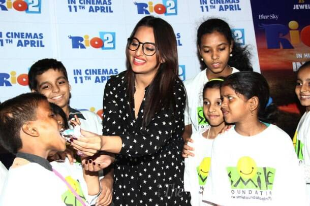 Sonakshi Sinha joins the kids for 'Rio 2' screening