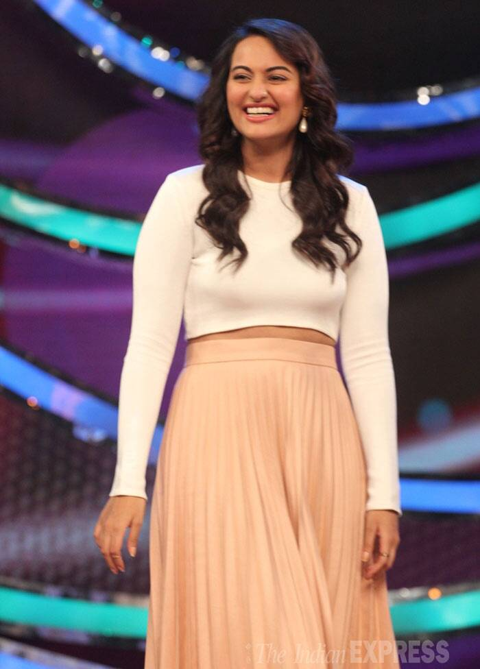 Sonakshi Sinha showed off her new slim figure in a white-cropped top and pleated skirt by Zara. (Photo: Varinder Chawla)