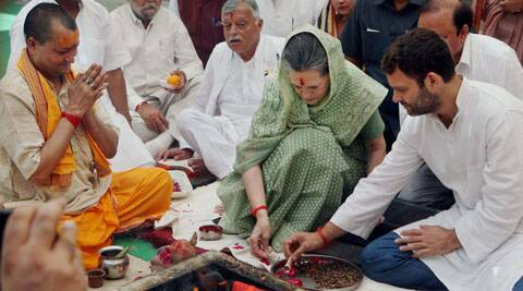 Sonia Gandhi performed a puja in Rae Bareli before filing her nomination.