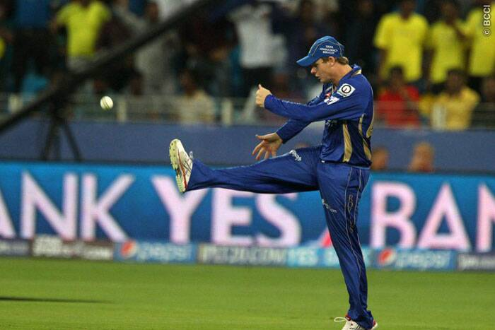 IPL 7: Clinical CSK beat RR by seven runs