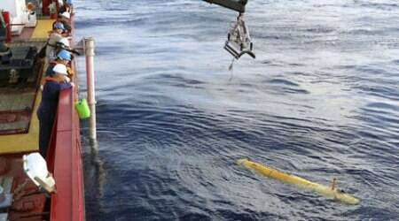 An underwater vehicle is deployed from ADV Ocean Shield in the search of the missing Malaysia Airlines Flight 370 in the southern Indian Ocean. (AP photo)
