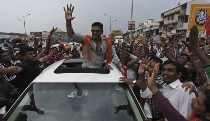 Bollywood actor Sunil Shetty campaigns for BJP candidate Paresh Raval in Ahmedabad. (AP)