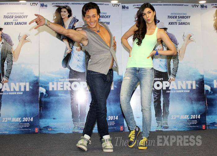 Tiger and Kriti continue with their Heropanti. (Photo: Varinder Chawla) tiger-kriti-dance