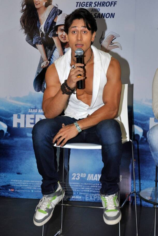 Tiger Shroff becomes flute player for 'Heropanti'