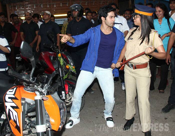 Varun tries to dance his way out of this one! (Photo: Varinder Chawla)