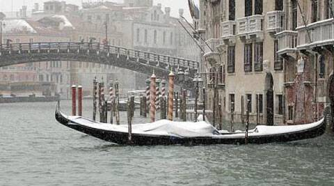 The romance of Venice lies in its 118 small islands separated by canals, linked by bridges.