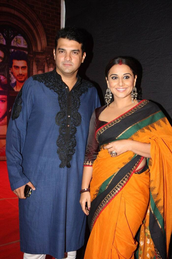 <b>Vidya Balan - Siddharth Roy Kapur</b>: It came as a complete shocker - A Punjabi munda, Siddharth Roy Kapur marrying a Tamil Brahmin Vidya Balan. But Vidya made sure that the wedding was held in traditional Tamil way. Though the family did host a sangeet and mehendi ceremony true Punjabi style.