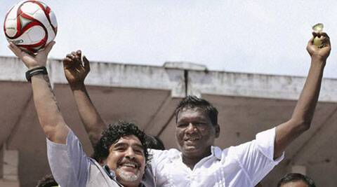 Former Indian footballer I M Vijayan (R) with Argentinian football legend Diego Maradona. (AP File)