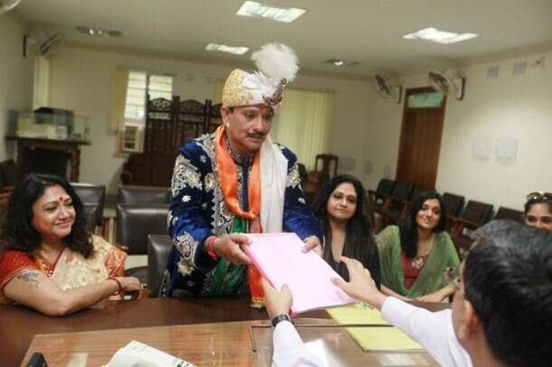 P.C Sorcar files his nomination, Bollywood endorses Narendra Modi