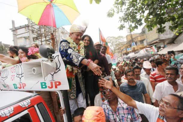 P.C Sorcar files his nomination, Bollywood endorses Narendra Modi