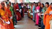 Elections 2014 LIVE: Record 79 pc polling in Bengal; Jaswant Singh writes to EC against Raje