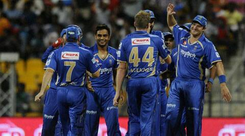 Rajasthan Royals captain Shane Watson celebrates the wicket of David Warner with fellow teammates. (BCCI/IPL)
