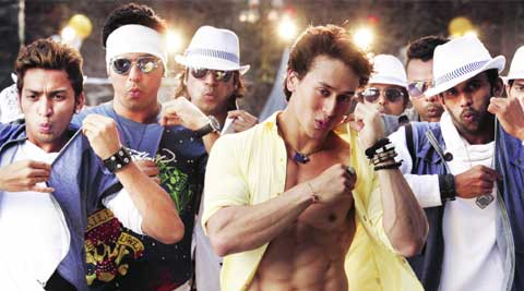 Tiger Shroff dances to the tunes of Whistle baja from Heropanti