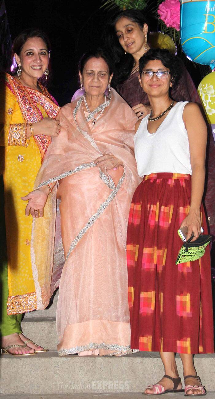 Aamir Khan's wife Kiran Rao poses for a picture along with her mother-in-law Zeenat Hussain. (Photo: Varinder Chawla)