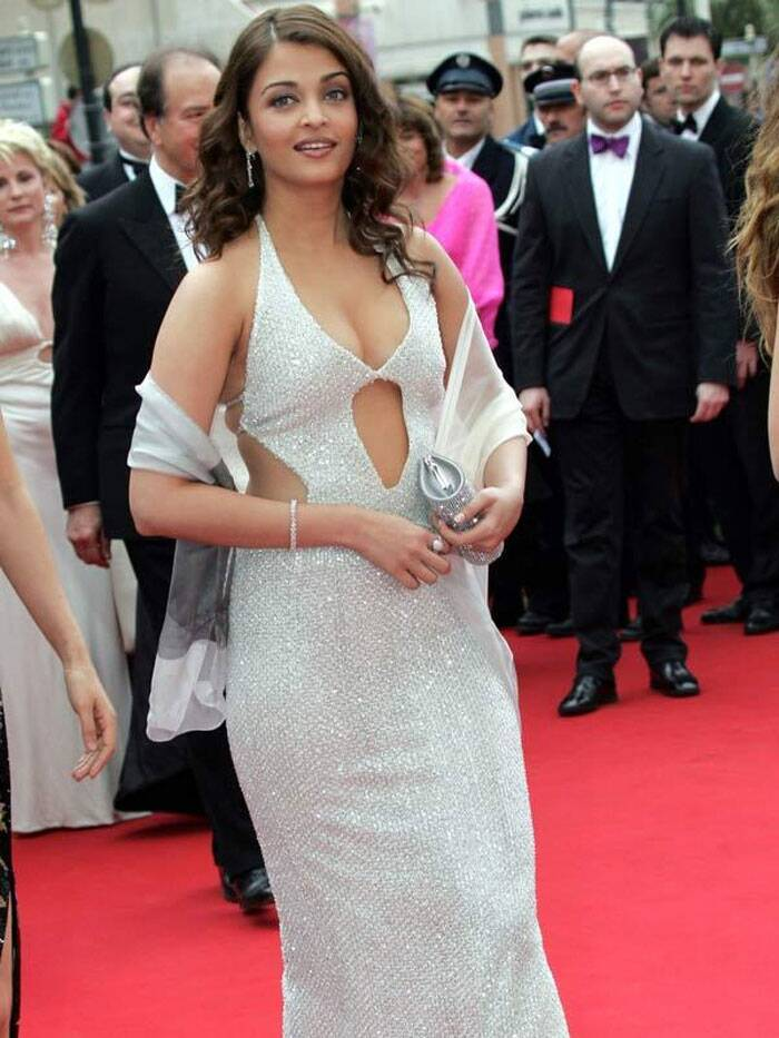 <b>Cannes 2004:</b> This revealing Neeta Lulla gown at the Cannes red carpet is Aishwarya's most criticised outfit till date. She wore her gown with Chopard jewellery.