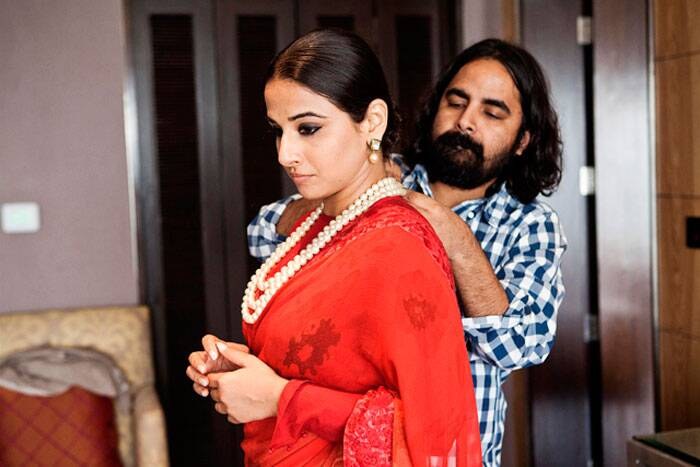 Another maroon - this time a sari - Sabyasachi gets Vidya ready for another red carpet appearance, we guess!
