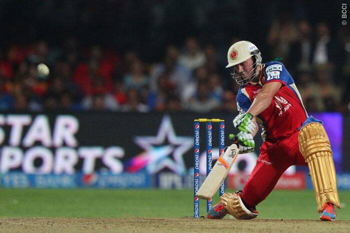 AB de Villers too scored a half-century (58 off 32) and played a range of shots. He hit a single four and five sixes in his innings. (Photo: BCCI/IPL)