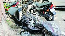 Two-wheelers' head-on collision leaves 2 dead; third rider critical