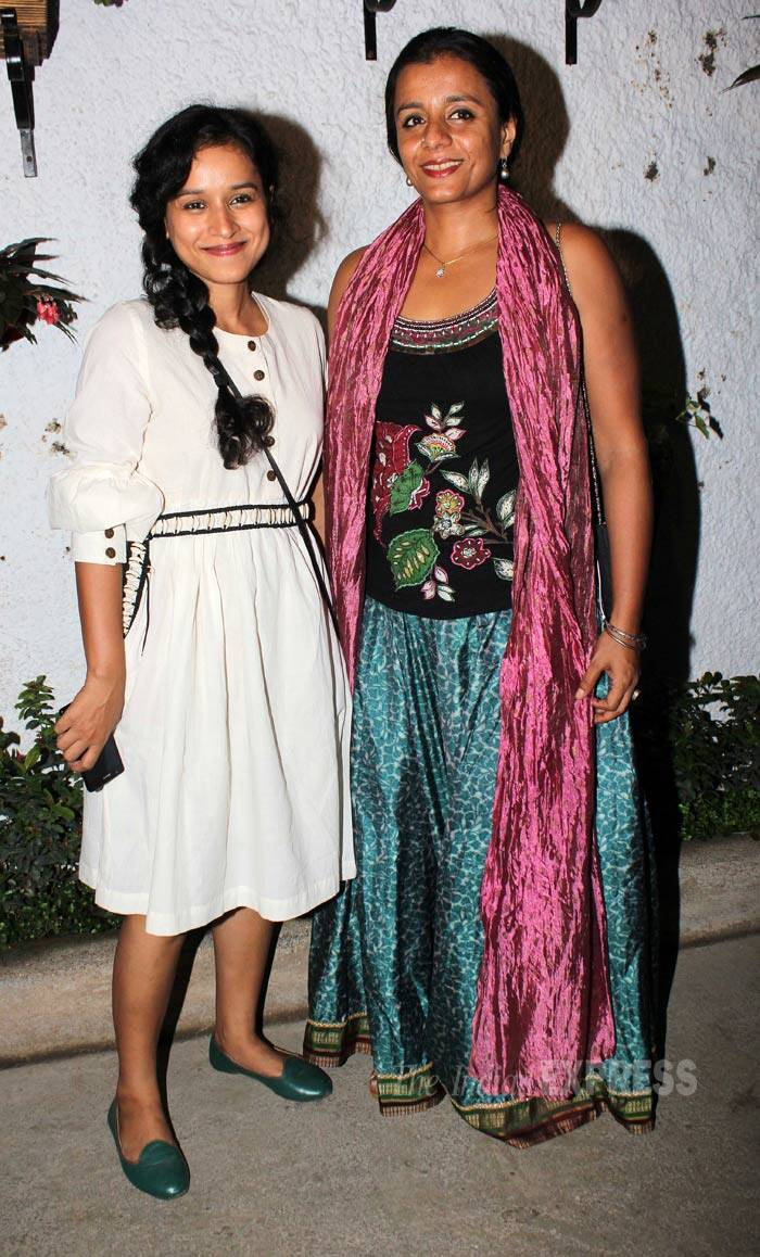 'Children of War' actress Tillotama Shome was cute in address with green ballerinas as she posed with a friend. (Source: Varinder Chawla)