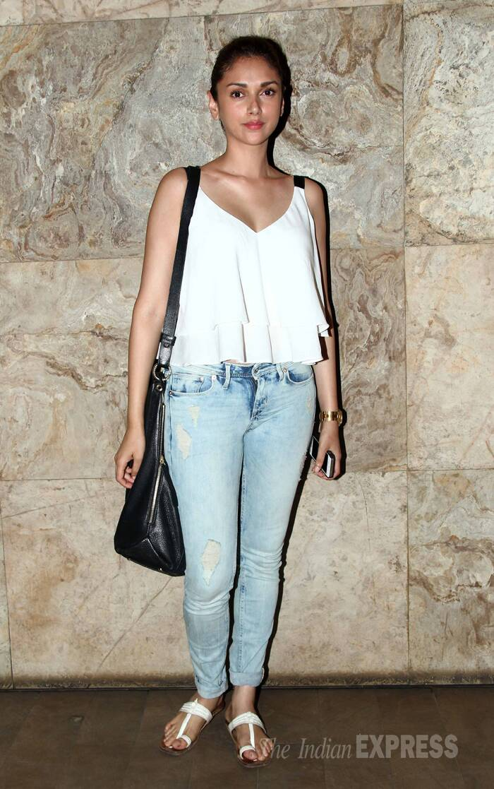 'Murder 3' actress Aditi Rao Hydari was cute in a layered top with denims and kolhapuri chappels. (Photo: Varinder Chawla)