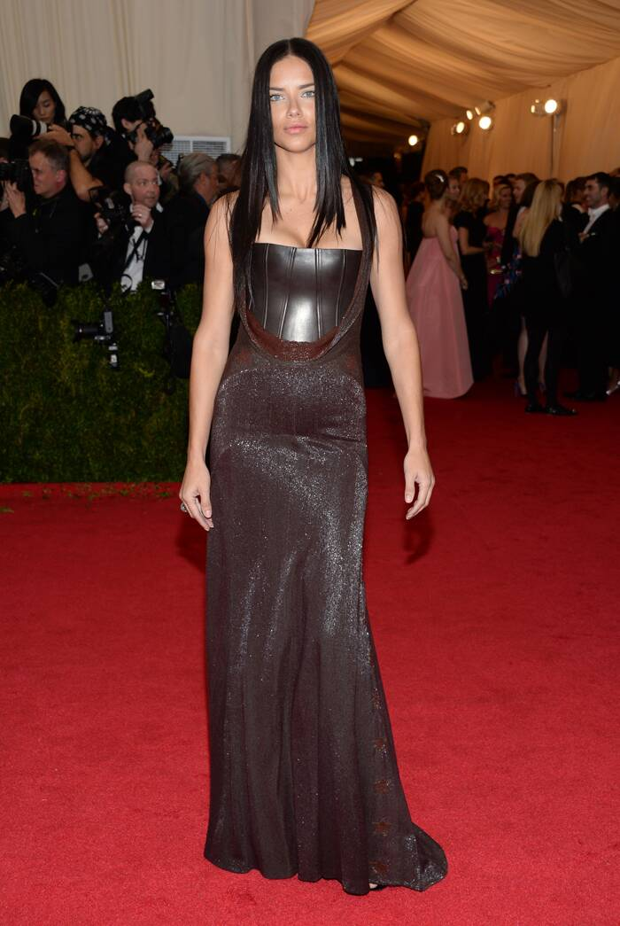 Supermodel Adrina Lima sizzled in a Givenchy gown with poker straight hair.  (AP)