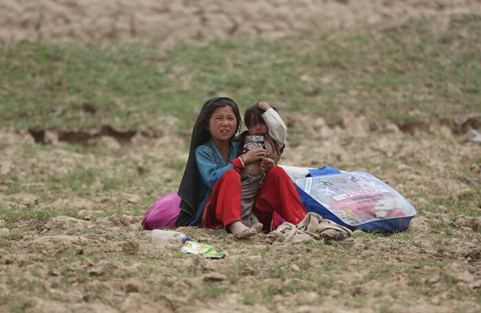 Aid rushed to survivors after Afghan landslide kills hundreds