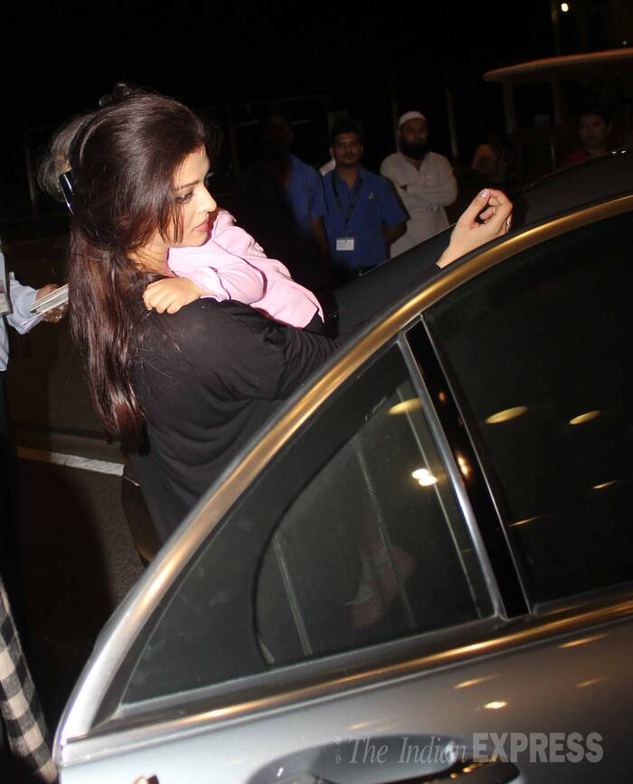 Brand ambassador for L'Oreal Paris, actress Aishwarya Rai Bachchan left for Cannes Film Festival on Wednesday (May 14) night along with her daughter Aaradhya. <br /><br /> Aishwarya Rai will be making her thirteenth consecutive appearance at the 67th Cannes Film Festival. (Source: Varinder Chawla)