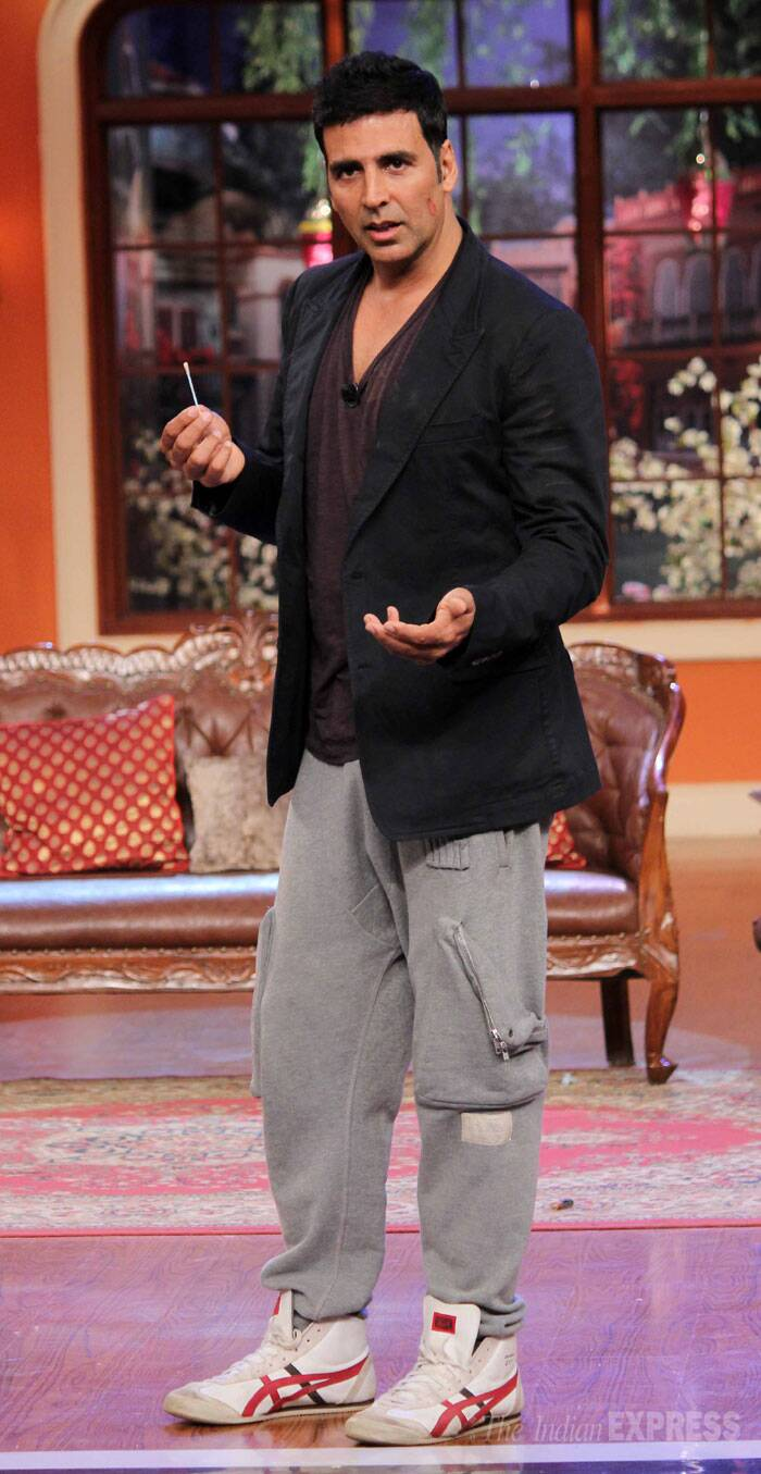 Bollywood Khiladi Akshay Kumar recently appeared on Kapil Sharma's 'Comedy Nights With Kapil' to promote his upcoming film, 'Holiday: A Soldier Is never Off Duty'. (Source: Varinder Chawla)