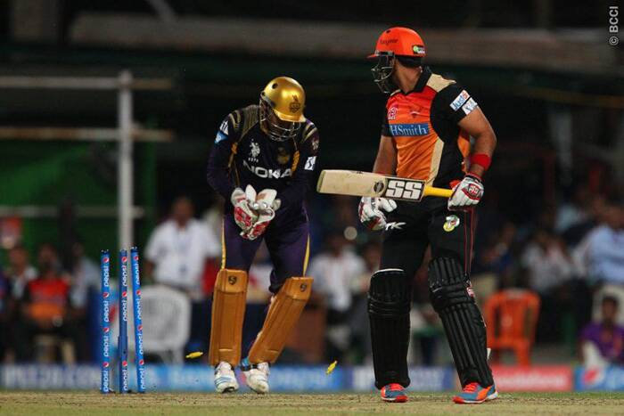 Robin Uthappa stumps out Aniruddha Shrikantha, who was playing his first game in this IPL. The dismissal in the end overs exposed the tail of Hyderabad. (Source: BCCI/IPL)