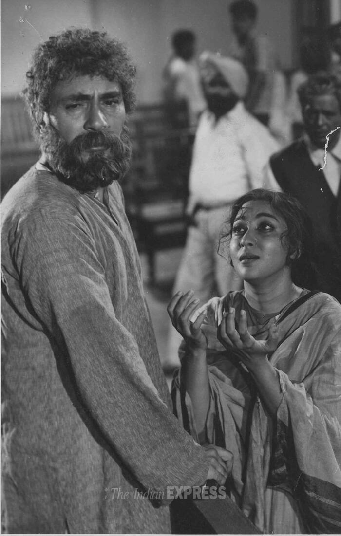 <b>Anpadh (1962)</b>: Balraj Sahni played a negative role in the film. He played Chaudhary Shambhunath, who considers the accumulation of wealth to be more important than education.