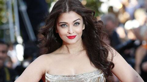 Aishwarya Rai Bachchan has been voted best dress beauty by Indian Express surfers at Cannes 2014. (AP)