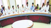 Shirole leads BJP delegation to PMC, pushes for development projects