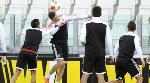 Benfica players train ahead of their Europa League semifinal match against Juventus in Turin on Thursday. (Reuters)