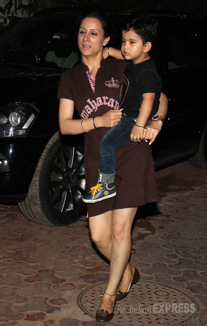 "Doting mom Shilpa Shetty took to Twitter to share the proud day, ""@ViaanRajKundra our son turns 2 today:) :) Yippeee..can't believe how quickly time has flown by!,"" tweeted the actress. Seen here, another little one arrives for the celebrations. (Source: Varinder Chwala)"