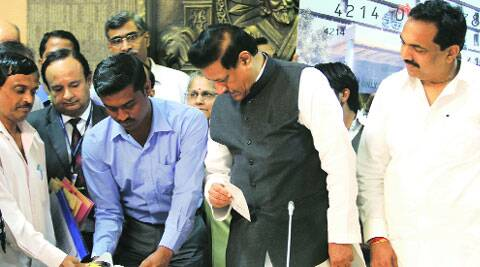 Chief Minister Prithviraj Chavan at the launch of the scheme in Maharashtra in 2013.(Ganesh Shirsekar/file)