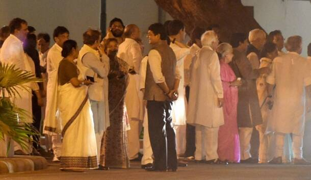 Sonia Gandhi hosts farewell dinner for PM Manmohan Singh