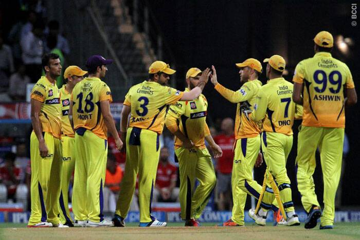 Chennai Super Kings celebrate the dismissal of Manan Vohra. However, the wicket didn't deter Sehwag from pummeling the Chennai bowlers. (Source: IPL/BCCI)