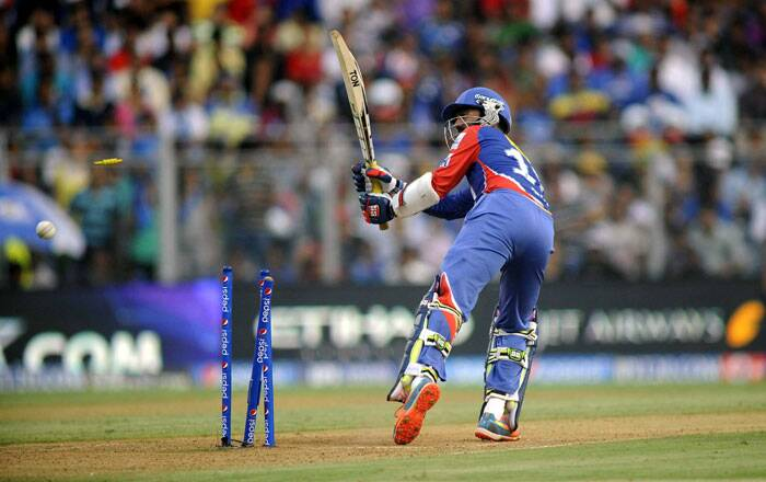 After the dismissal of Kevin Pietersen, the onus was on Dinesh Karthik to lead Delhi Daredevils' chase. However, he struggled during his 13-ball stay at the crease, managing only 8 runs. He was clean bowled by De Lange in the 10th over of Delhi Daredevils' chase (Source: Express Photo by Kevin D'Souza)