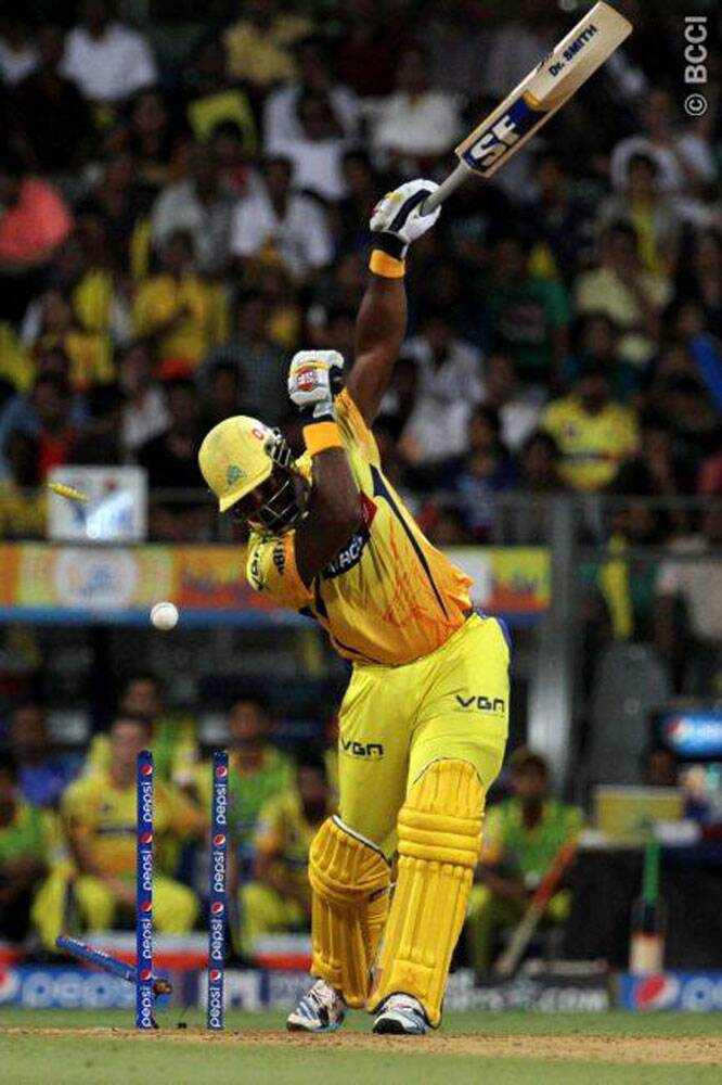 Dwayne Smith also lost his way in the middle, as he was dismissed by Sandeep Sharma for 7. (Source: IPL/BCCI)